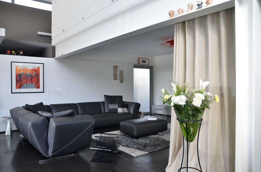 Mobilier interieur beautiful meubles duextrieur for Home salon ollioules
